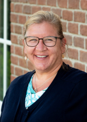 Dana Brennan - Middle Division Faculty